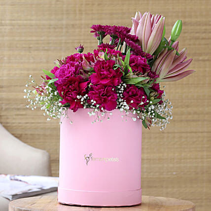 Lovely Mixed Flowers In FNP Signature Box
