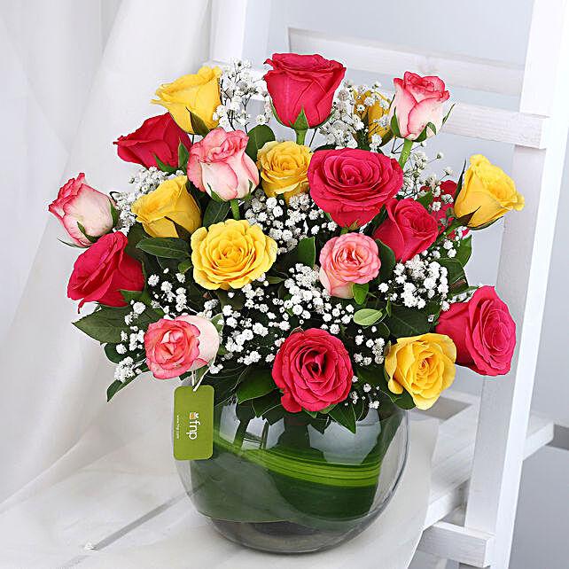 Blissful Mixed Roses Glass Vase Arrangement