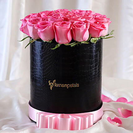 Luxury Roses FNP Style Arrangement For Mom:Pink Flowers
