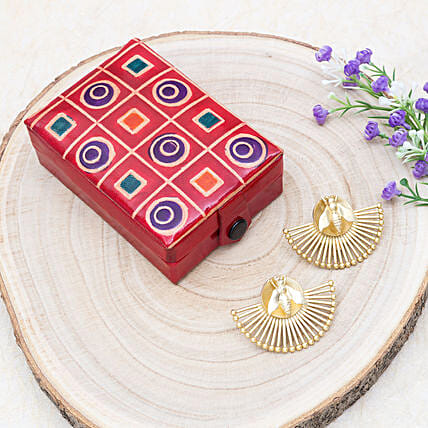 Mothers Day Crescent Earrings And Zero Kata Jewellery Box:Send Jewellery Gifts