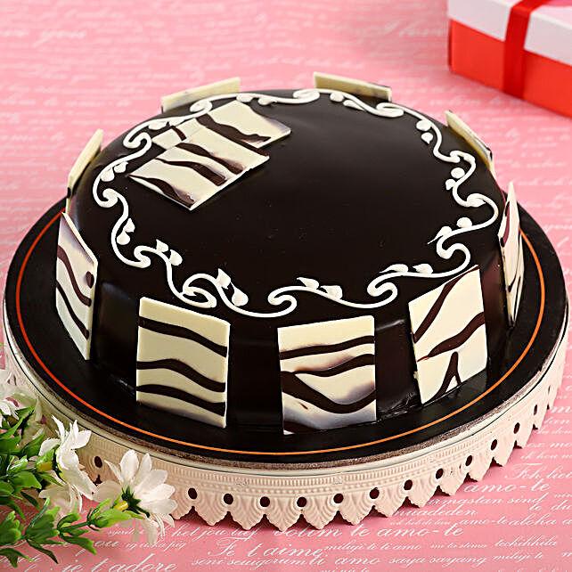 Delicious Truffle Cake