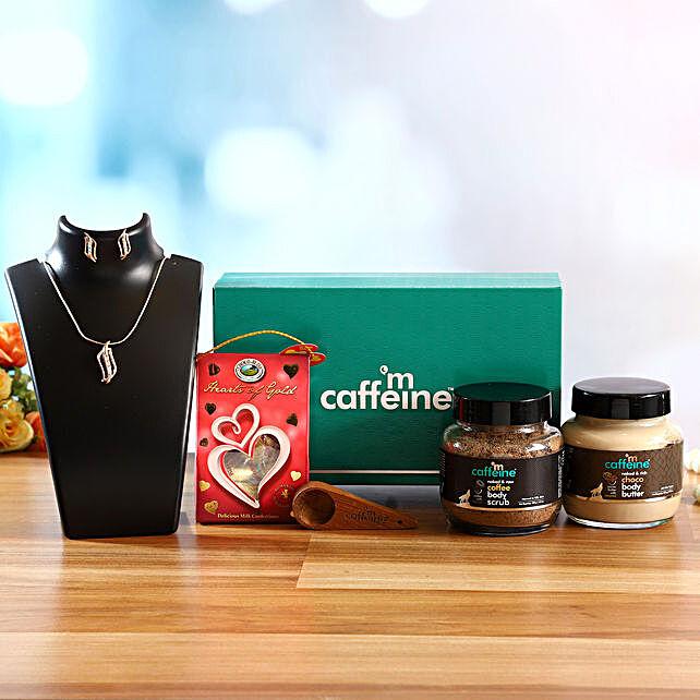 mcaffeine Date Ready Kit With Chocolates & Necklace