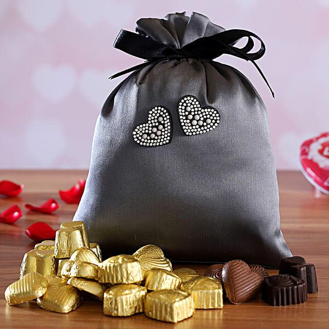 valentine assorted chocolates in potli:Send Handmade Chocolates