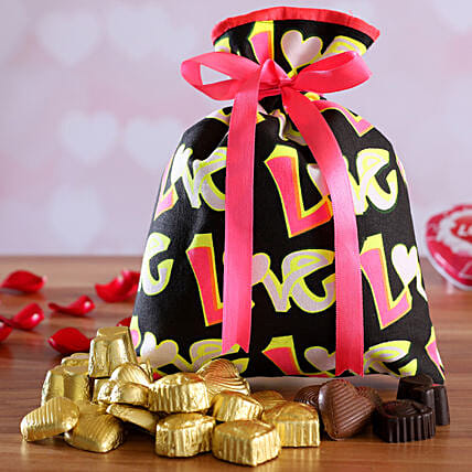 online chocolate in potli for vday:Send Handmade Chocolates