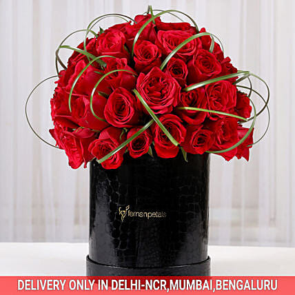 rose celebration arrangements:Send Premium Roses