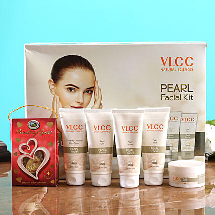 VLCC Pearl Kit And Choco Swiss Hearts