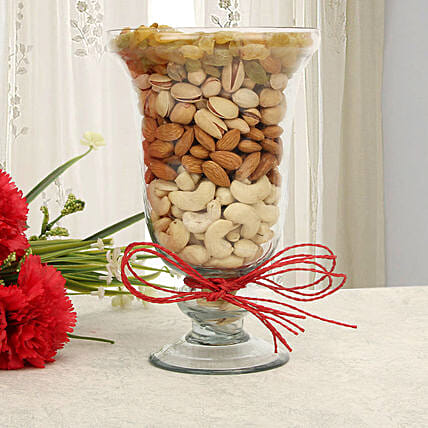 Dry fruits in a glass vase:Karva Chauth Sargi Gifts