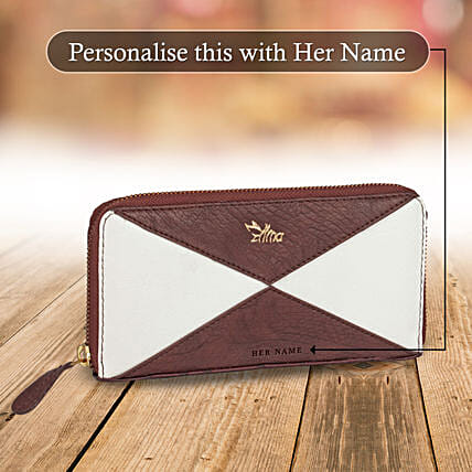 Wallet for Women Online:Customised Handbags and Wallets