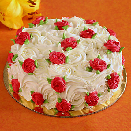 floral theme cake for vday:Rose Cakes
