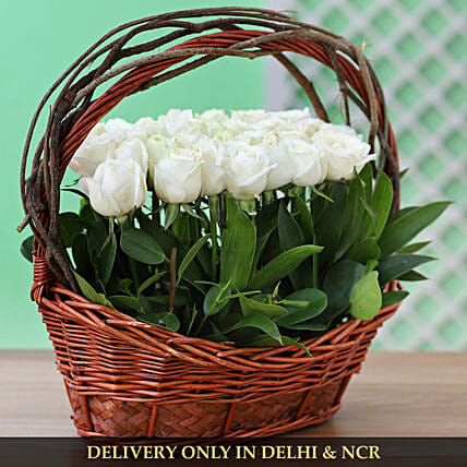 roses with handle basket online