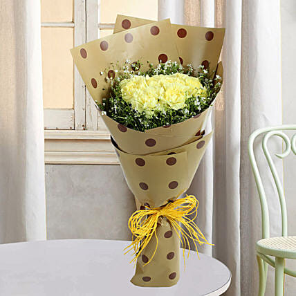 Bouquets Of Yellow Carnations:Doctors Day Gifts