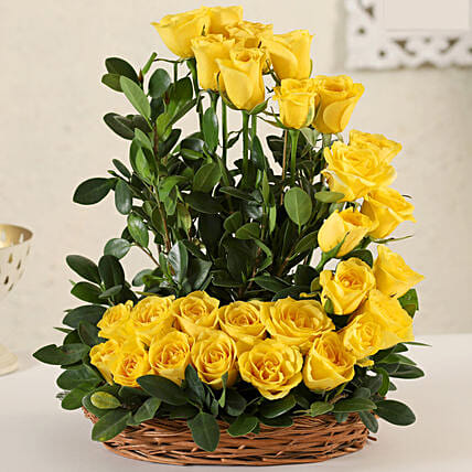 Online Yellow Roses:Flower Basket
