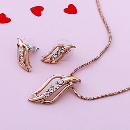 24 Karat Rose Gold Plated Estele Pendant Set:Anniversary Gifts Delivery to Malaysia