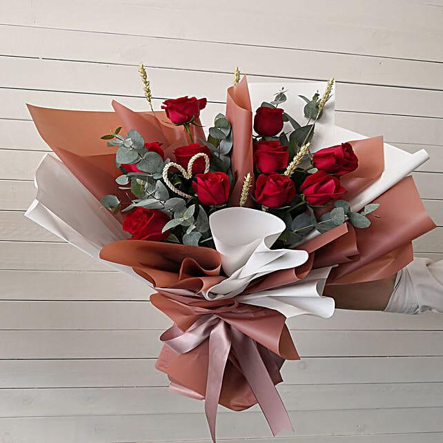 Sweet Valentine Flowers Bouquet