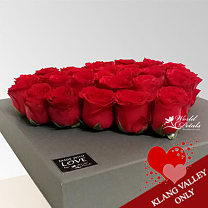 Rosy Box Arrangement:Flower Delivery in Malaysia