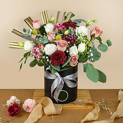 Mixed Roses Premium Black Round Box:Send Daughters Day Gifts to Malaysia