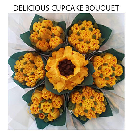 Flavourful Vanilla And Chocolate Cupcakes Bouquet