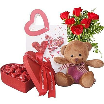 Heart Love Hamper For Valentine