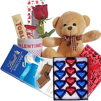 Teddy And Valentine Mug With Chocolates