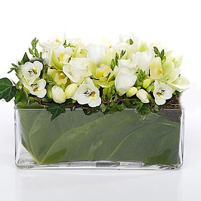 Classic Petals In Glass Vase