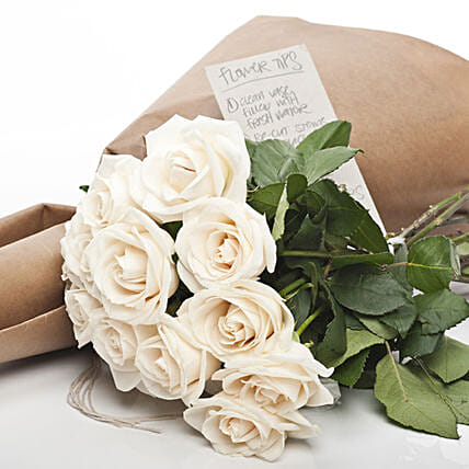 Market Fresh Cream Roses:Birthday Flower Delivery in New Zealand