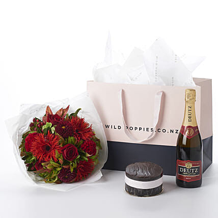 Red Emerald N Wine Gift Hamper