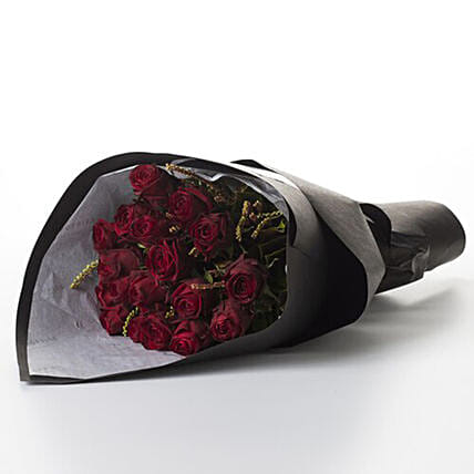 Splendid Bouquet Of Grade Red Roses:Flower Delivery New Zealand