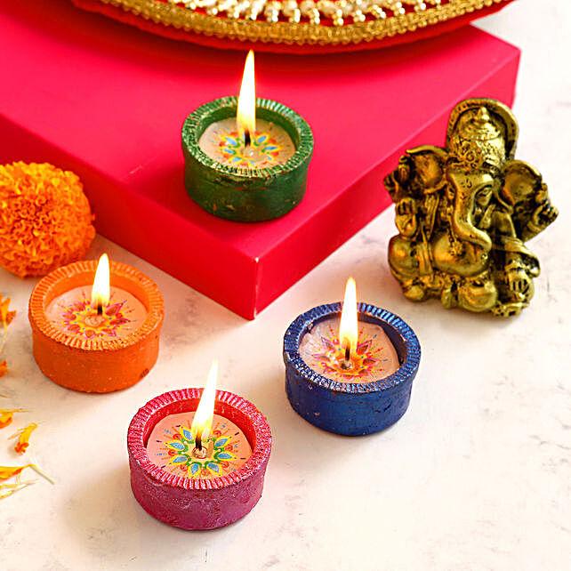 4 Tealight Diyas & Antique Ganesha Idol