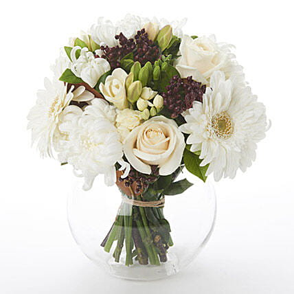 White Posy in Glass Bubble:Funeral Flowers to New Zealand
