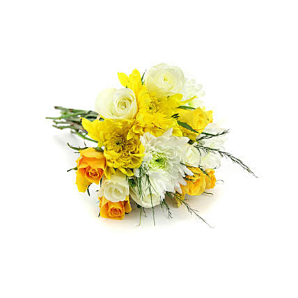 Blooms of Sunshine:Send Anniversary Flowers to Oman
