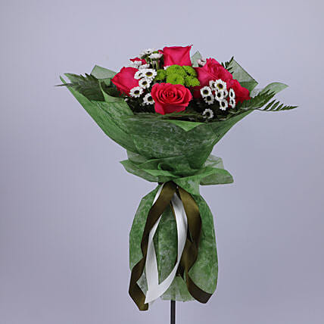 Mesmerizing Bouquet Of Dark Pink Roses