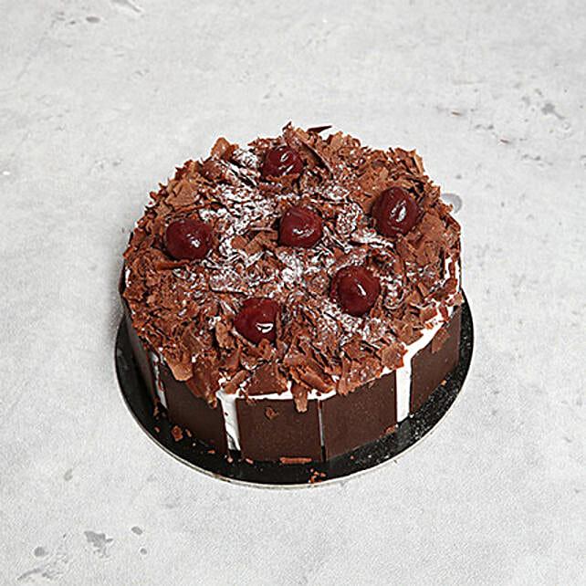 4 Portion Blackforest Cake OM:Send Gifts to Oman