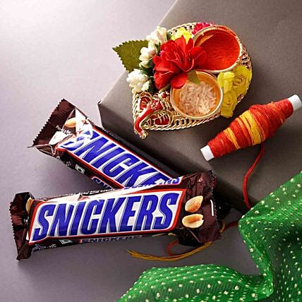 Bhai Dooj Wishes Special Snickers Chocolates With Teeka:Oman Gift Delivery
