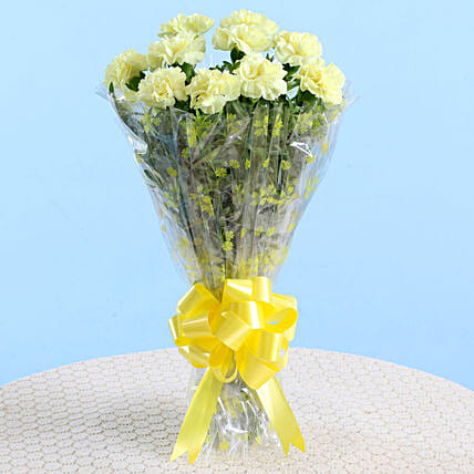 10 Lively Yellow Carnations Bouquet