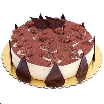 Enjoyable Tiramisu Cake:Send Anniversary Cakes to Qatar