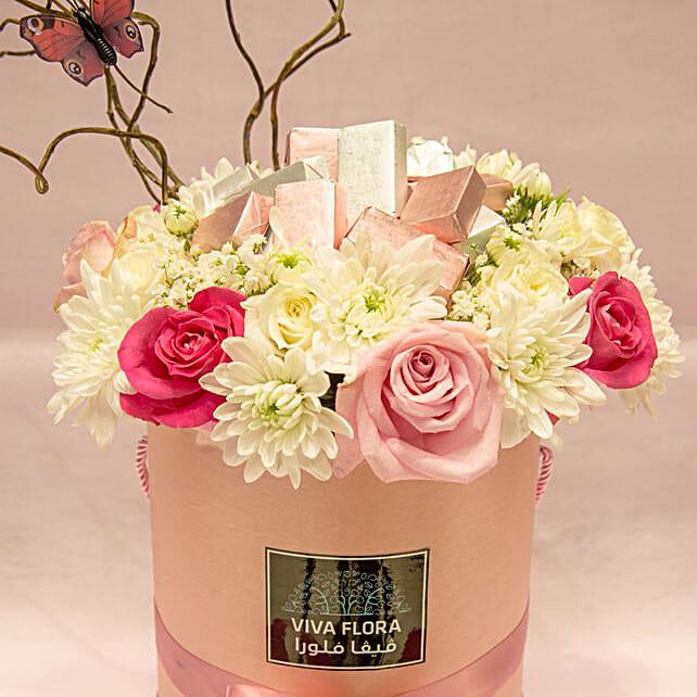 Flowers And Chocolates Wonderland Love