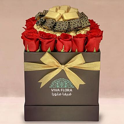 Love Roses With Scrumptious Chocolates
