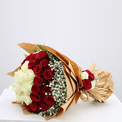 white n red roses combo bouquet online