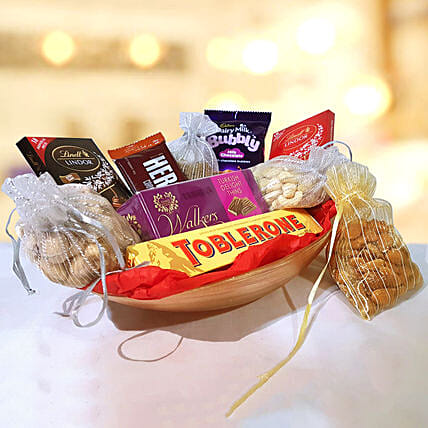 Premium Chocolates & Dry Fruits Delight Hamper:Send Diwali Gifts to Qatar