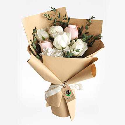 Sweet Roses Bouquet:Send Roses to Qatar