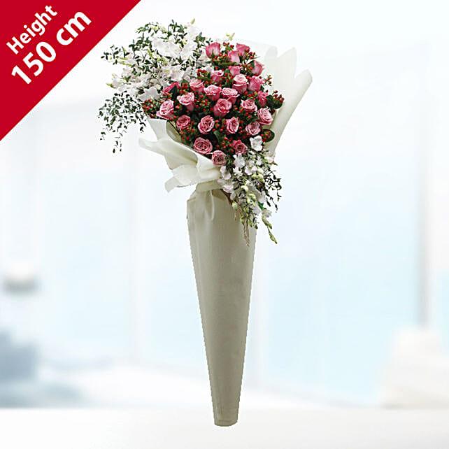 pink roses arrangement bouquet