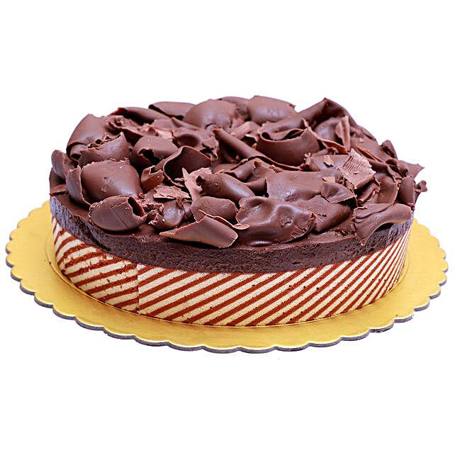 Yummy Chocolate Mousse Cake:Send Birthday Gifts to Qatar