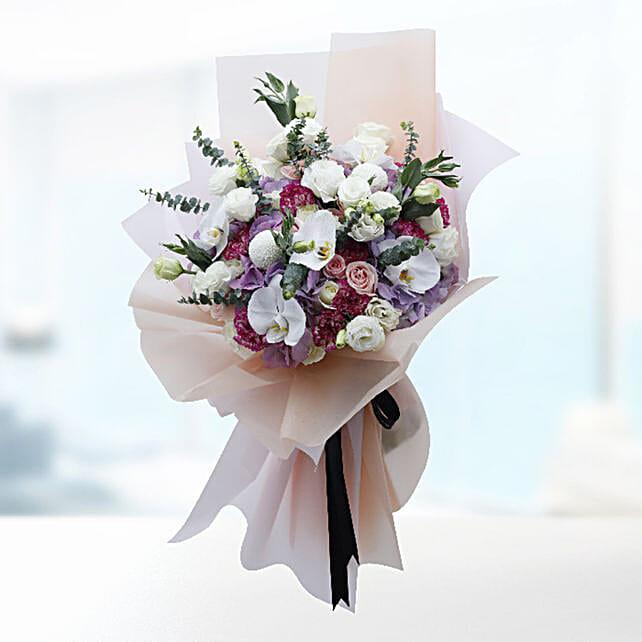 premium floral bouquet online