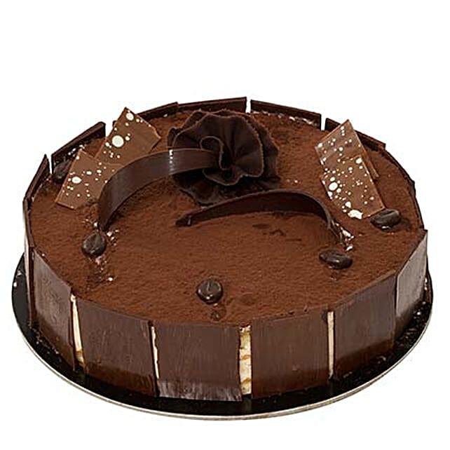 Tiramisu Cream Cake:Send Corporate Gifts to Saudi Arabia