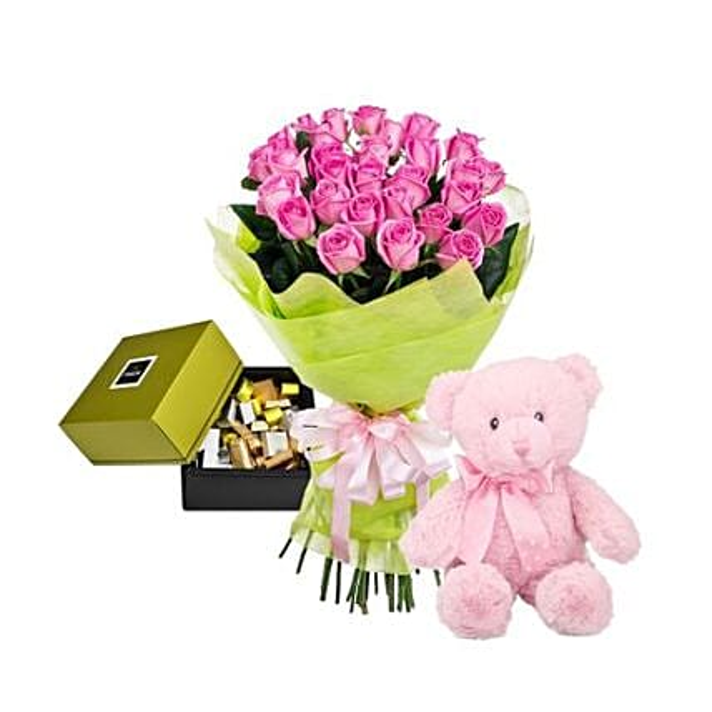 Pink Roses Hamper