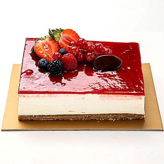 Strawberry Cheese Cake half kg