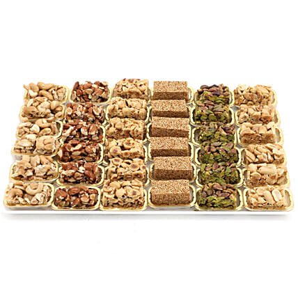 Assorted Nuts With Honey Delight