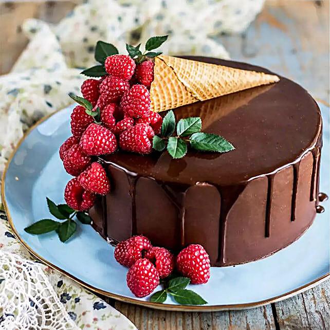 Chocolate Drip Ice Cream Cone Cake