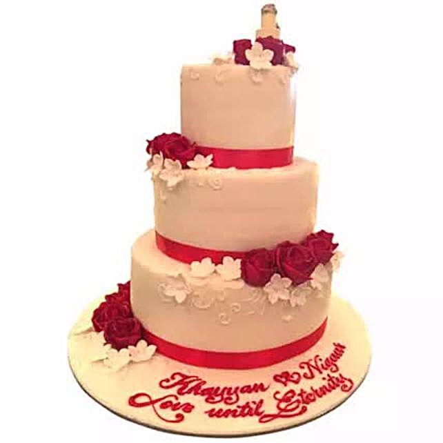 Red Satins and Roses:Order Cakes in Saudi Arabia