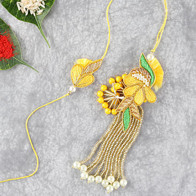 Bright And Beautiful Lumba Rakhi Set:Rakhi for Bhaiya Bhabhi Singapore